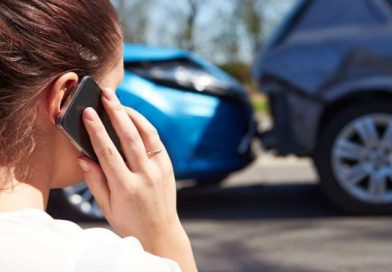 HERE'S WHAT TO IMMEDIATELY DO WHEN IN A CAR ACCIDENT